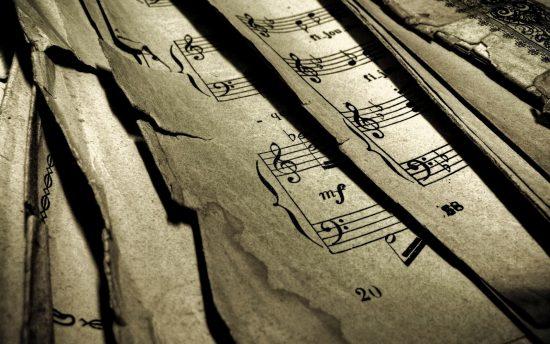 klasik-bati-muzigi-ve-turk-musikisi-dizi-ve-perde-nedir-konser-nota-bilgi-12-madde-ile-osmanlinin-bati-muzigiyle-sinavi-ecdadimiz-vals-besteliyordu