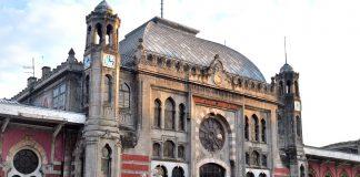 Sirkeci Tren İstasyonu Garı ve Saat Kulesi