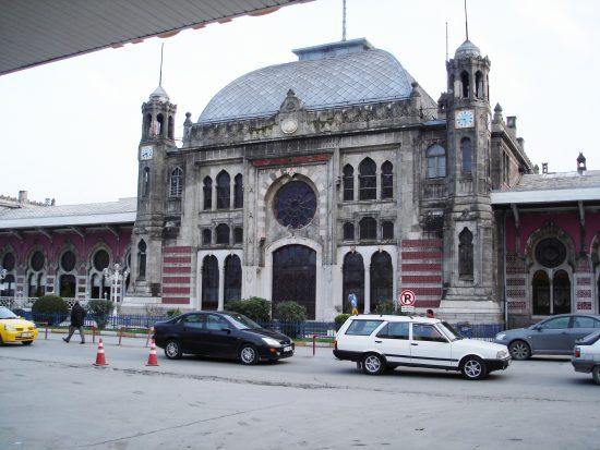 Sirkeci Garı,2. Abdülhamit İstanbul Avrupa Yakası inşa edilen tren garı İstasyon. TCDD, iki ana istasyonunu