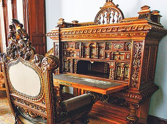 sultan-2.-Abdulhamidin-ahşap-çalışma-masası