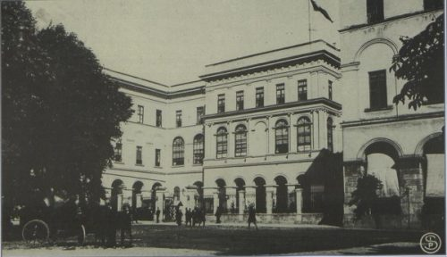 sultanahmette-ilk-meclis-binasi