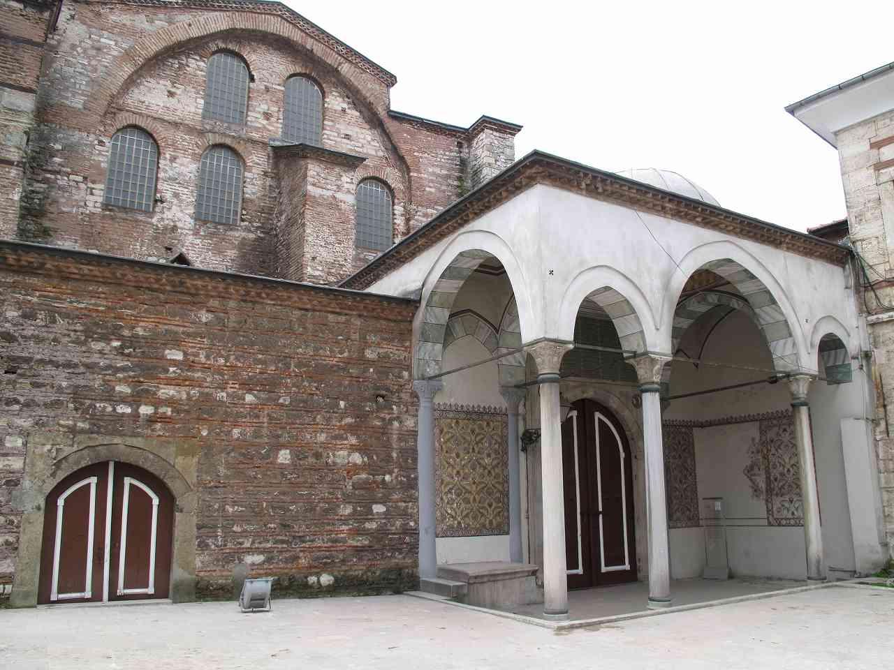 Aya İrini Kilisesi Mecma-i Esliha-ı Atika Topkapı Sarayı İlk Osmanlı Müzesi