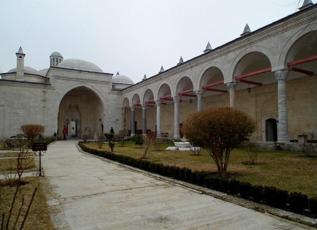 Edirne Sultan II. Bayezid Darüşşifası Edirne Camii Darussifasi Avlu