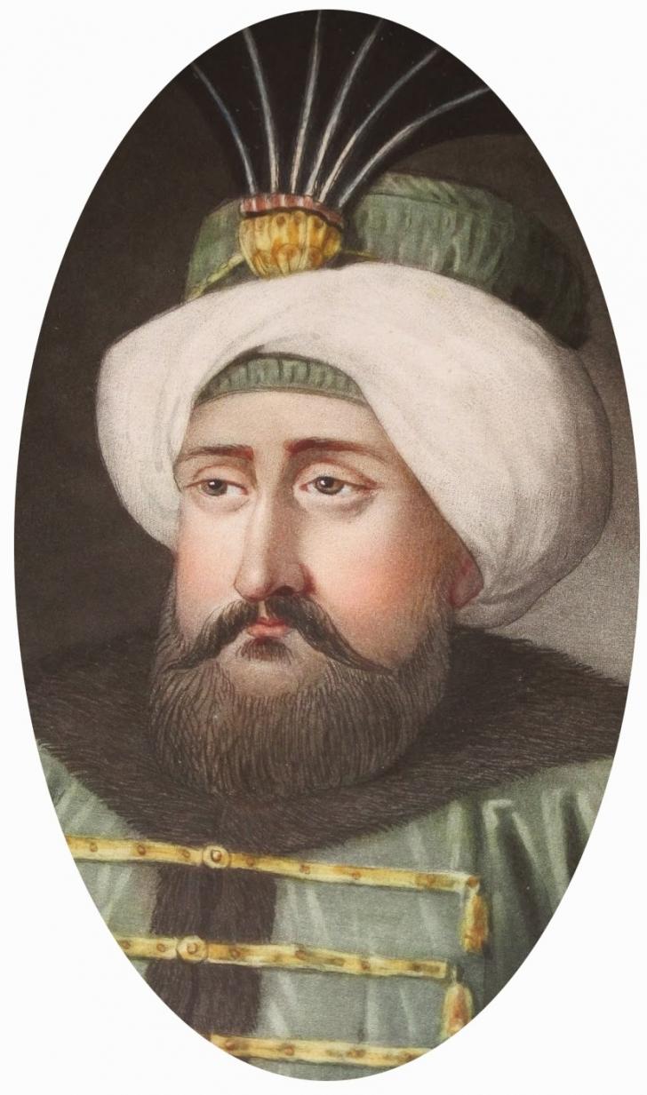 On Dokuzuncu Osmanlı Padişahı Olan Sultan IV. Mehmet Babası Sultan İbrahim. 6 Yaşındayken Tahta çıkmış Ve 39 Yıl Tahtta Kalmıştır. Avcılığa Olan Meraklı Ve Avcı Mehmed Lakabıyla Tanınmıştır