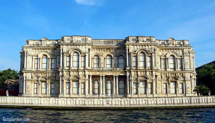Osmanlı Sarayları Ne Zaman Ve Hangi Sultan Döneminde Yapıldı. Beylerbeyi Sarayı 1865