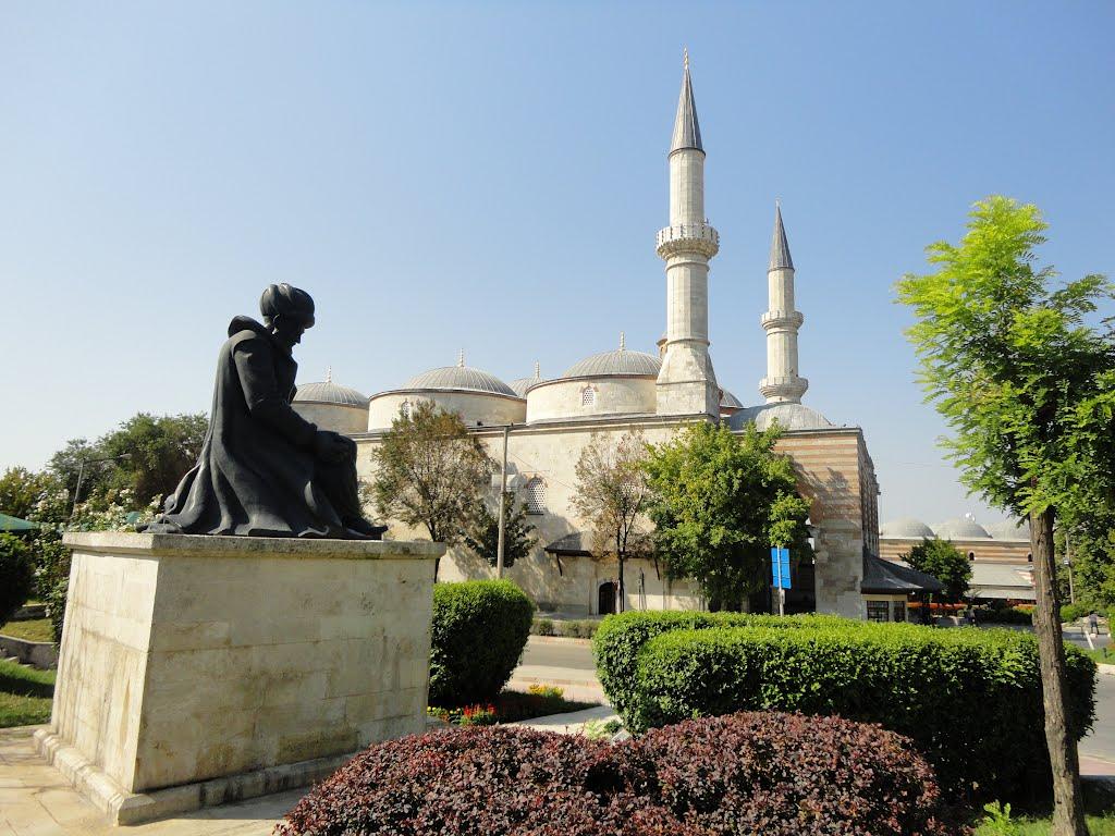 Edirne Eski Cami Ve Mimar Sinan Heykeli Mimar Sinan Kimdir İstanbul Osmanlı Baş Mimarı İnşaat Mühendisi Baş Yapıtı Ustalık Eseri Dünya Usta Mimarlık