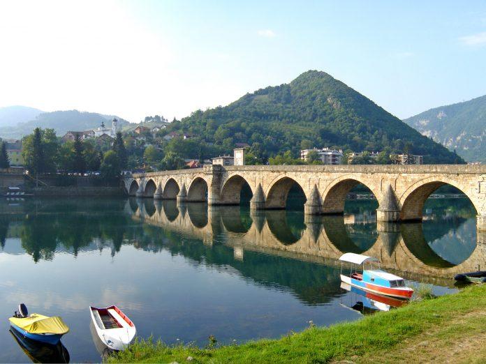Mimar Sinanın Türkiye Dışındaki Eserleri Mimarsinan Yapıtları Geçmiş Dünya Usta Mimarlık Mimari Camii Köprü Yol Han Su Kemeri Saray