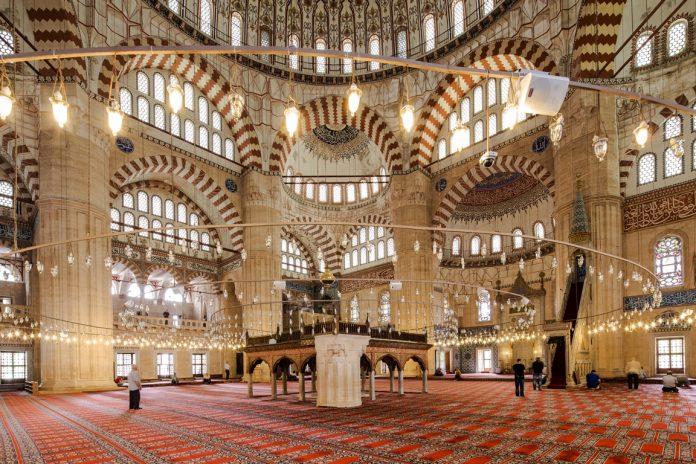 Selimiye Camisinin Tarihçesi İle İlgili Kısa Bilgiler Mimar SinaMimarlık Mimari Edirne Sultan 2. Selim