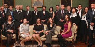 Osmanlı Hanedanı Yaşayan Son 25 Şehzadesi Kimdir Yaşı Nerde Doğdu Ve Yaşıyor Ailesi Osmanoğlu