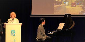 SULTAN ABDÜLAZİZ ANMA GÜNÜ Şarkı Eserleri Müzikleri Sultani Besteler Sunumu Konseri Osmanlı Padişahı Konseri Piyano Güneş Yakartepe Metin Yazarı Sunan Zerrin Yakartepe 3