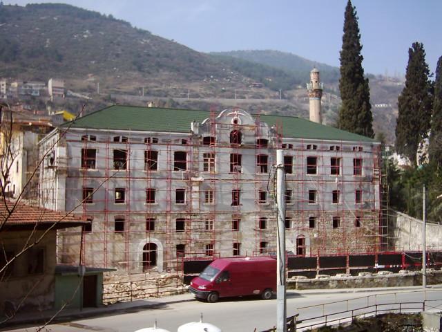 Bursa Fabrika I Hümayun Moda Yüksek Okulu . Eski Hali. Restorasyon Yapılırken. Bursa Büyük Şehir Belediyesi