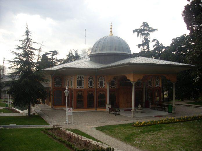 Aynalıkavak Kasrı Osmanlı Köşkleri Kasırları Ve Küçük Sarayları Aynalı Kavak Musiki Tarihi Enstrümanlar Müzesi Dışı